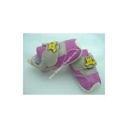 Scarpe da neonata di Winnie The Pooh, fuxia e grigio