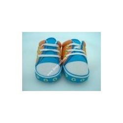 Scarpe da neonata di Winnie The Pooh, celeste ed arancio