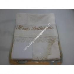 Completo per battesimo: Bavaglino, camiciola, asciugamano