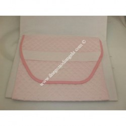 Layette bag first change brings with Aida pink color