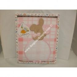 """Copertina in pile """"Coniglietto"""" colore rosa, con tela aida ricamabile"""