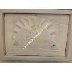 """Lenzuolino bianco con rifinitura colore giallo a pois per lettino 120x180 cm, """" Love """""""