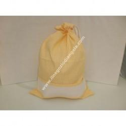 Sacchetto porta tutto colore giallo, con striscia in tela aida ricamabile a punto croce