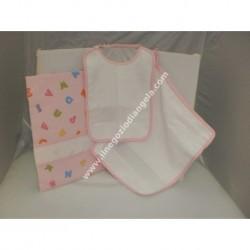 Completo 3 pezzi art. ALFABETO per asilo: bavetta, asciugamano e sacchetto, colore ROSA con banda in tela aida da ricamare a pun