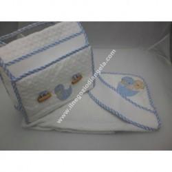 Coordinato ricamabile: borsa portatutto ed accappatoio art. BA272 col. azzurro con fascia da ricamare a punto croce