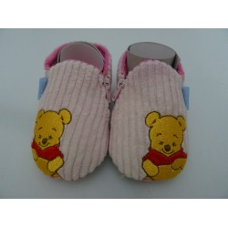 Pantofole Winnie The Pooh, fuxia a coste